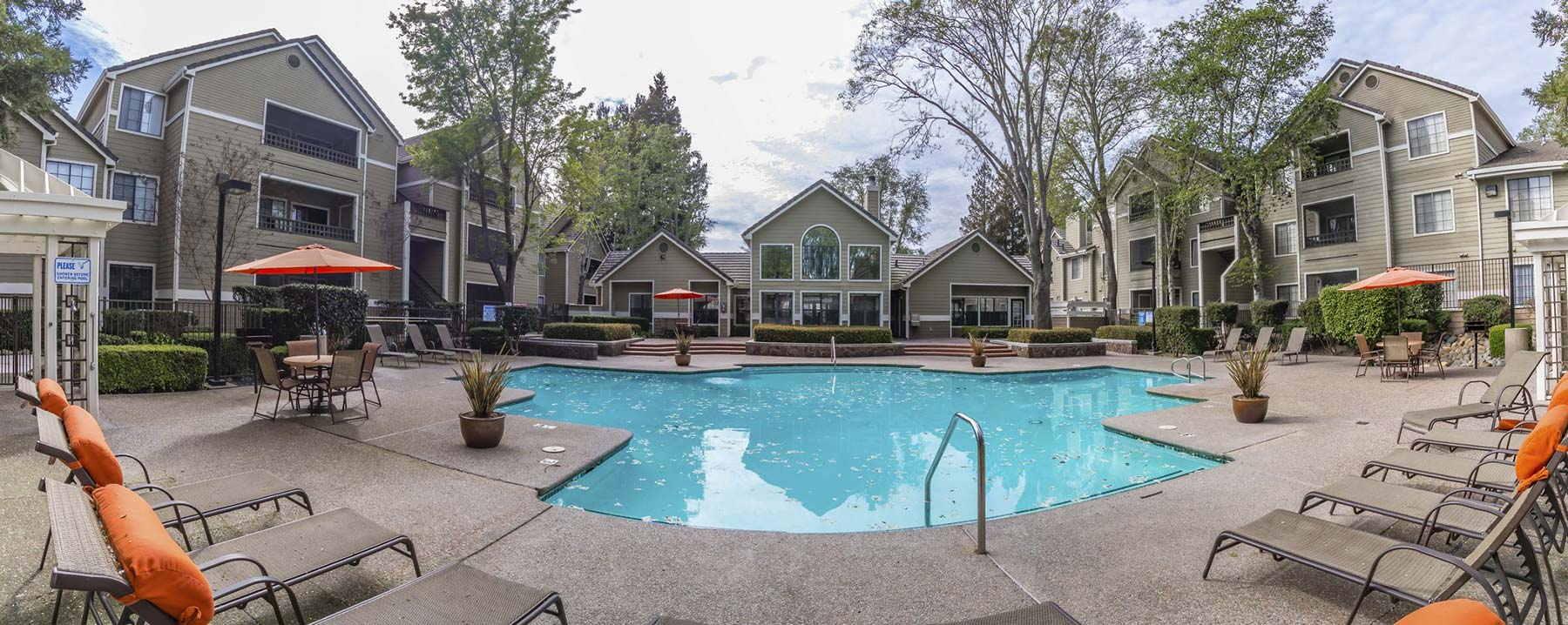 Welcome To Crossing At Riverlake Apartments In
